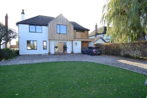 Longtye Drive, Chestfield, Whitstable. 4 bedroom detached house for sale