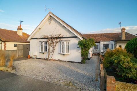 Pier Avenue, Tankerton, Whitstable. 3 bedroom detached bungalow for sale
