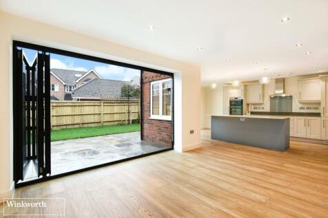 Viables Lane, Basingstoke, RG22. 4 bedroom detached house