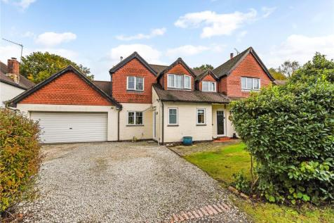 Hazeldene Road, Liphook. 4 bedroom detached house for sale