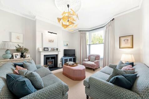 Godolphin Road, Shepherd's Bush , London, W12. 4 bedroom terraced house for sale