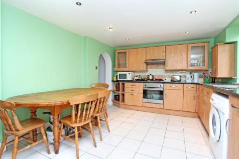 Beavor Grove, St Peter's Conservation Area, Hammersmith, London, W6. 2 bedroom terraced house