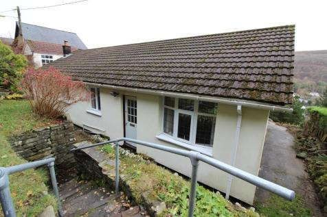 West Bank, Cwmtillery. 3 bedroom detached bungalow for sale