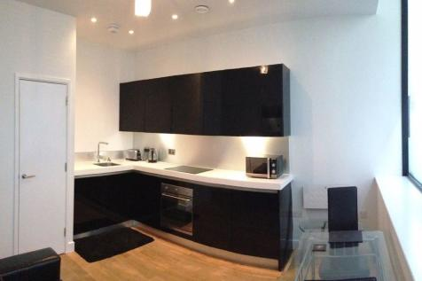Furnished Apartment, Hanover House, BD1. 1 bedroom flat