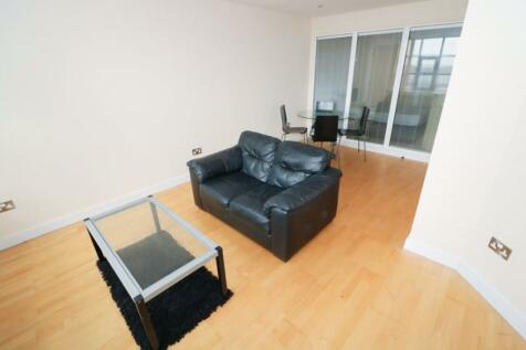 Merchants Court, BD1. 2 bedroom apartment