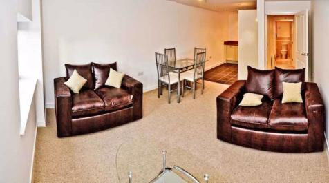 Furnished Apartment, Old Mill, BD1. 3 bedroom apartment