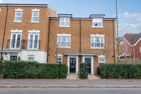 Parsonage Road, Horsham. 4 bedroom detached house for sale