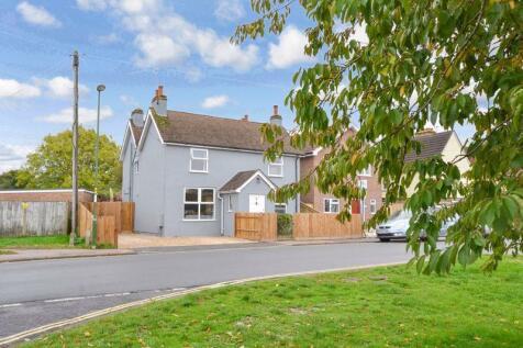 Littlehaven Lane, Horsham. 3 bedroom detached house for sale
