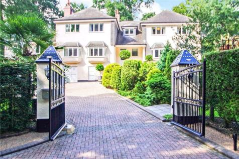 Newstead Abbey Park, Nottingham, Nottinghamshire. 5 bedroom detached house for sale