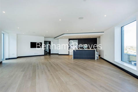 Sovereign Court, Hammermsith, W6. 3 bedroom apartment