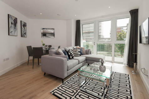 Sovereign Court, Hammersmith, W6. 2 bedroom apartment