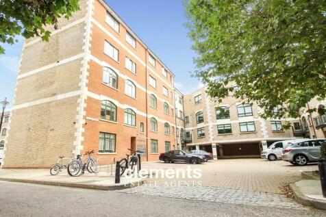 Corner Hall, Hemel Hempstead. 1 bedroom apartment