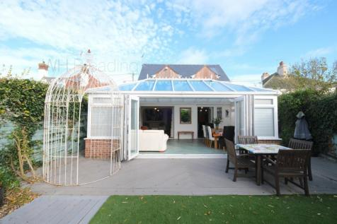 Herne Bay Road, Whitstable, CT5. 5 bedroom detached house for sale