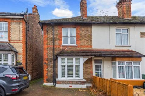 Ranelagh Road, Redhill, Surrey. 3 bedroom end of terrace house for sale