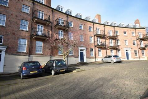 26a Upper Blackfriars Crescent, St Marys Water Lane, Shrewsbury, SY1 2BA. 1 bedroom flat