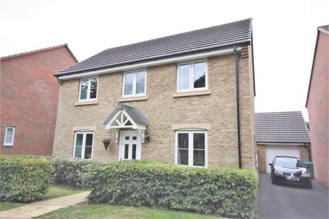 Rothschild Drive, Sarisbury Green. 3 bedroom detached house