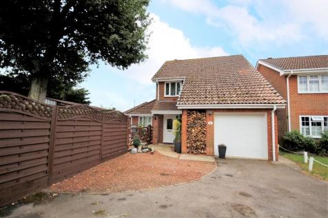 Brasenose Close, Titchfield Common. 4 bedroom detached house