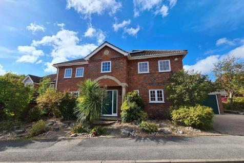 Old Priory Close, Hamble. 4 bedroom detached house for sale