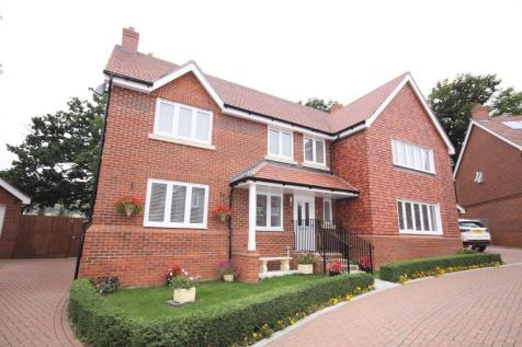 Cleverley Rise, Bursledon. 6 bedroom detached house