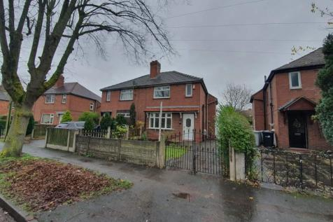 Mossford Avenue, Crewe, Cheshire, CW1. 3 bedroom semi-detached house