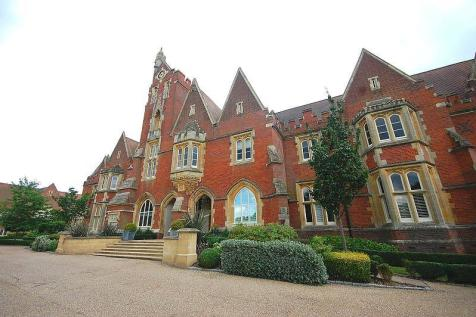 The Clock Tower, The Galleries, Warley, Brentwood, Essex, CM14. 1 bedroom apartment