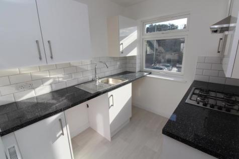 High Street, Hornchurch, Essex, RM11. 1 bedroom apartment