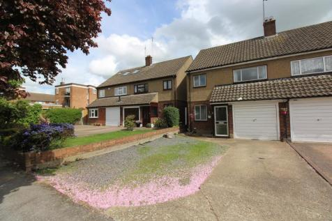 Tabrums Way, Upminster, Essex, RM14. 4 bedroom semi-detached house