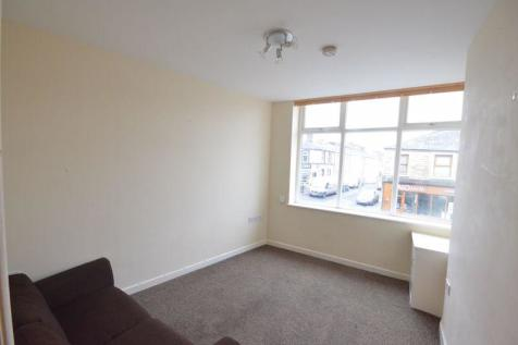Burnley Road, Padiham. 1 bedroom flat