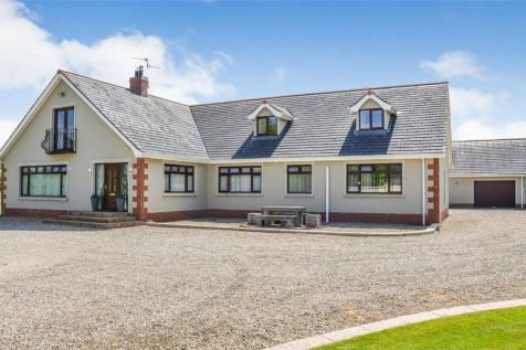 The Slopes, Portadown, Craigavon, County Armagh. 6 bedroom detached house