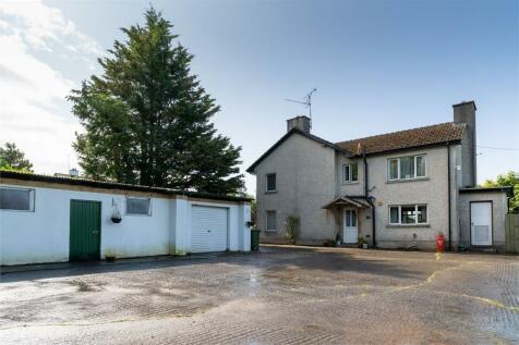 Killadeas Road, Drumarky, Lisnarick, Enniskillen, County Fermanagh. 5 bedroom detached house