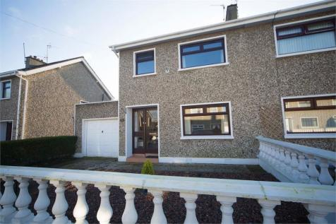 Regents Park, Lurgan, Craigavon, County Armagh. 3 bedroom semi-detached house