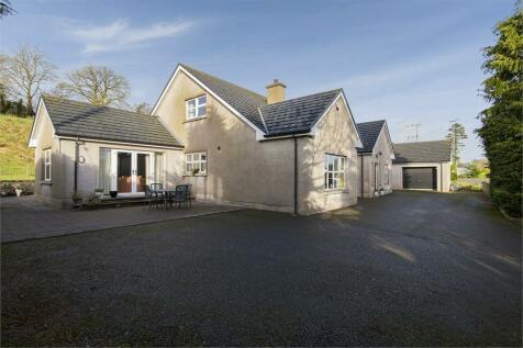 Tattymacall Road, Tattygare, Lisbellaw, Enniskillen, County Fermanagh. 5 bedroom detached bungalow