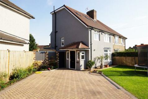Pasture Road, Dagenham, Greater London. 5 bedroom semi-detached house