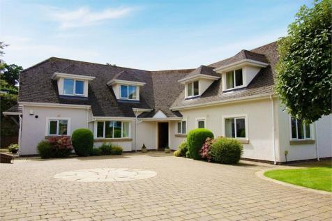 Llanrwst Road, Colwyn Bay, Conwy. 5 bedroom detached house
