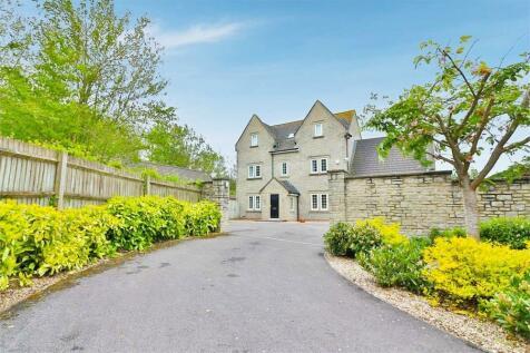 Elborough Gardens, Elborough, Weston-Super-Mare, Somerset. 6 bedroom detached house
