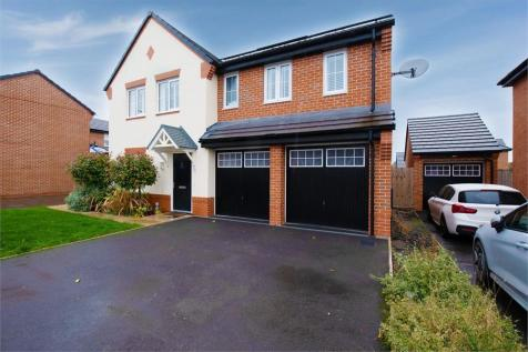 Randalls Drive, Crewe, Cheshire. 5 bedroom detached house for sale