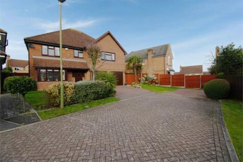 Richardson Crescent, Cheshunt, Waltham Cross, Hertfordshire property