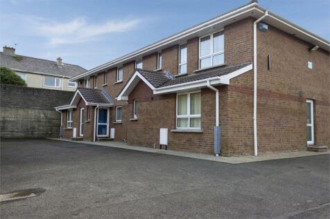 Glenmanus Road, Portrush, County Londonderry. 3 bedroom flat
