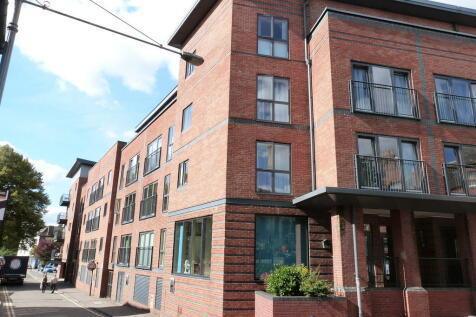 Newport Street, Worcester. 1 bedroom flat
