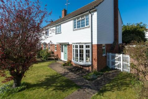 River Court, Chartham, Canterbury. 3 bedroom semi-detached house