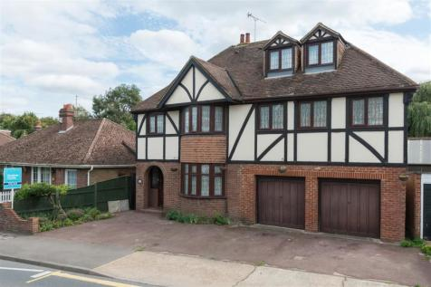 St Stephens Road, Canterbury. 6 bedroom detached house