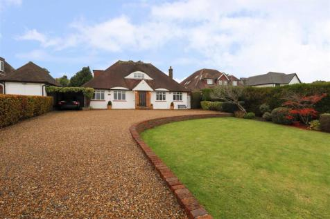 Harvil Road, Ickenham, UB10. 4 bedroom detached bungalow for sale