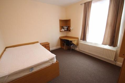 Ullswater Street, Leicester, LE2 7DU. 4 bedroom house