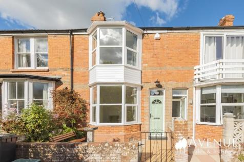 Secluded Location off Old Castle Road, Weymouth. 2 bedroom cottage