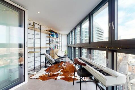 Wiverton Tower, London, E1. 2 bedroom apartment