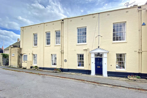 Park Lane, Southwold. 4 bedroom town house for sale