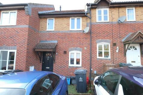 Chepstow Close, Stevenage, Hertfordshire, SG1. 2 bedroom terraced house
