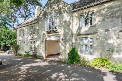 Bisley Road, Stroud, GL5. 3 bedroom character property
