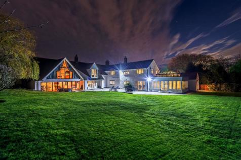 Hillwood Road, Sutton Coldfield. 4 bedroom detached house for sale