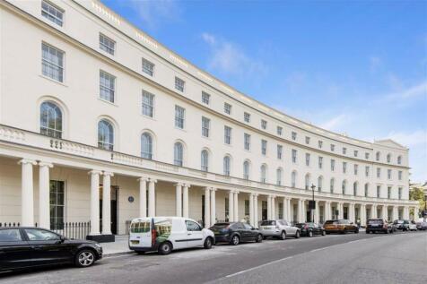 Park Crescent, Marylebone. 1 bedroom flat